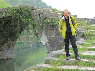 Tan Dun in Hunan, China, researching Nu Shu